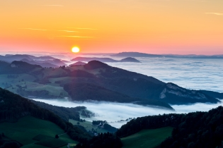 Der Nebel in der Belchenregion um die Belchenfluh