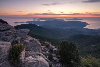 Aussicht über Elba vom Gipfel des Le Filicaie.