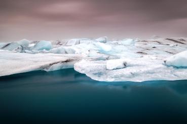 Bei diesem Bild nimmt der Polarisationsfilte die Spiegelung aus dem Wasser und verstärkt so auch dessen Farbe